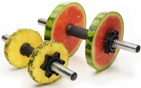 Dieta pentru copii obezi se poate combina cu sportul