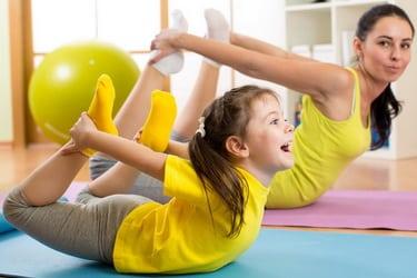 Gimnastica pentru copii la domiciliu